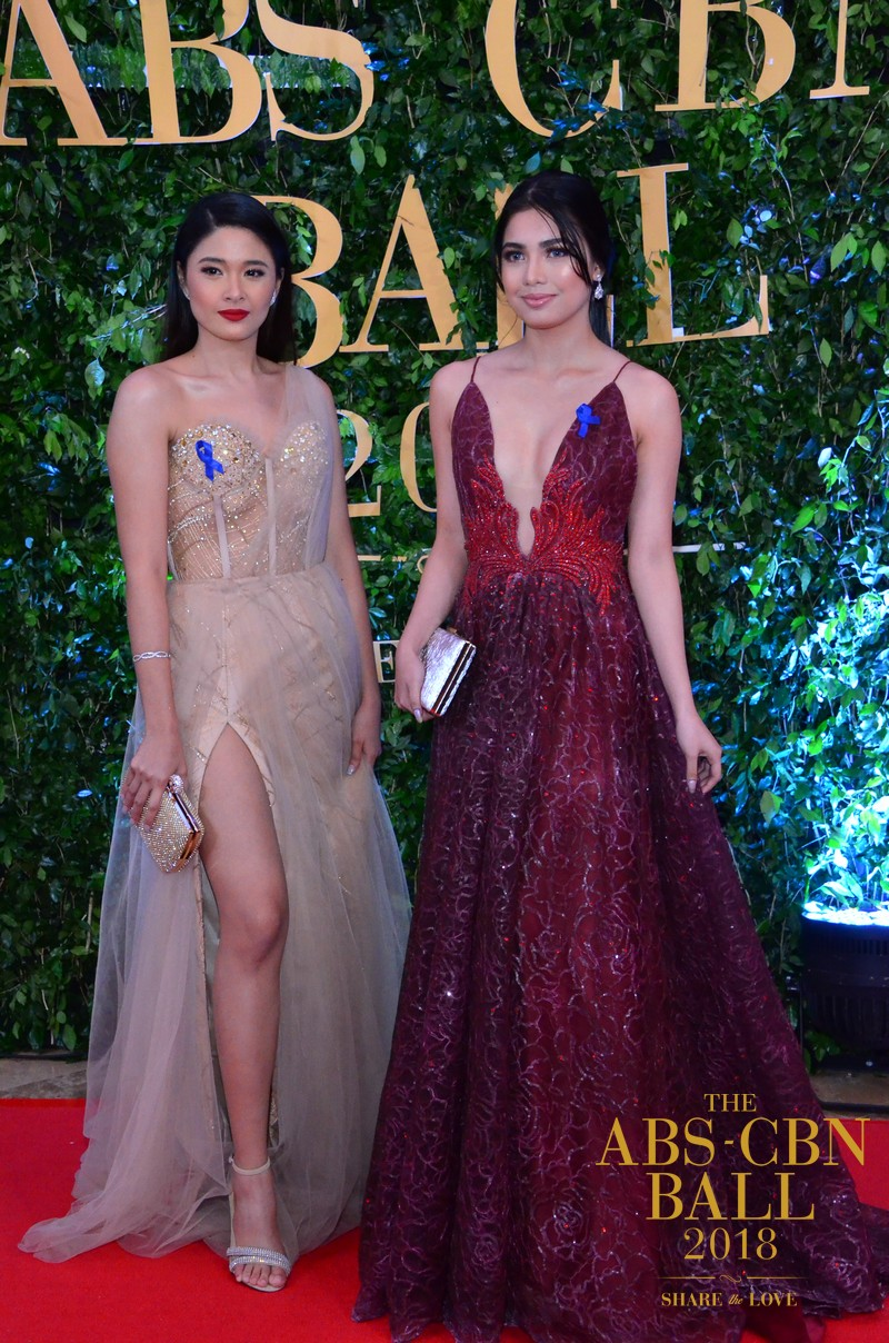 The cast of Halik slaying the ABS-CBN Ball 2018 red carpet