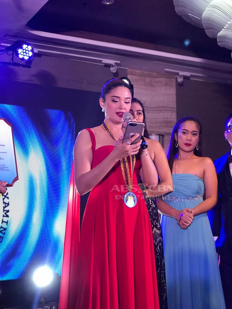 PHOTOS: Yam Concepcion receives the Most Trending Actress Award as Jade in Halik